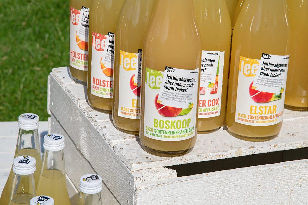 Eco Lifestyle, Bewusster Konsum: Warum werfen wir so viele Lebensmittel in den Müll? – leev Apfelsaft