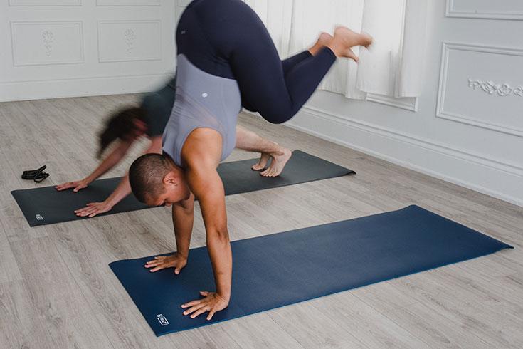 Nachhaltige Yoga Matten, unsere liebsten Eco Yogamatten. Öko Matten aus Naturkautschuk, ökologische Yogamatten für Meditation und Pilates: B Yoga