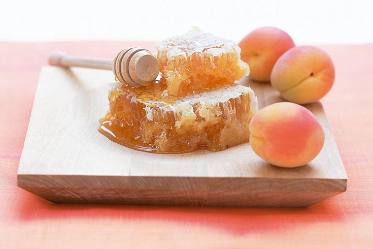 Dr.Hauschka-natürliche-Inhaltsstoffe-Honig-Pfirsich-Naturkosmetik
