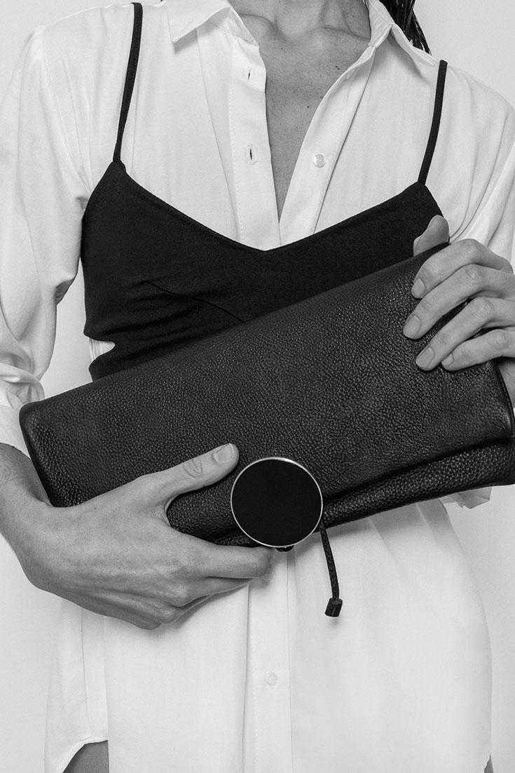 Fair-Fashion-Eco-Taschen-nachhaltige-Handtasche-vegetabil-gegerbt-Clutch-Shopper-Imke-Disselhoff