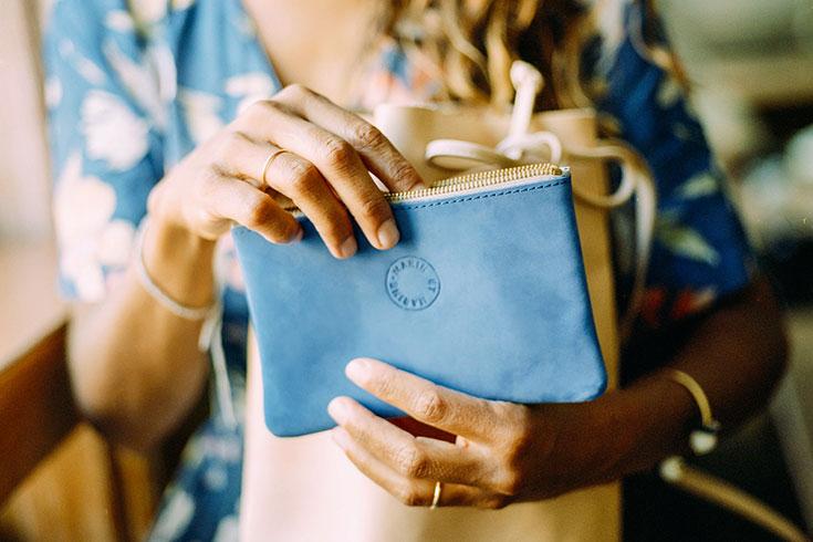 Fair-Fashion-Eco-Taschen-nachhaltige-Handtasche-vegetabil-gegerbt-Clutch-Shopper-Marin-et-Marine