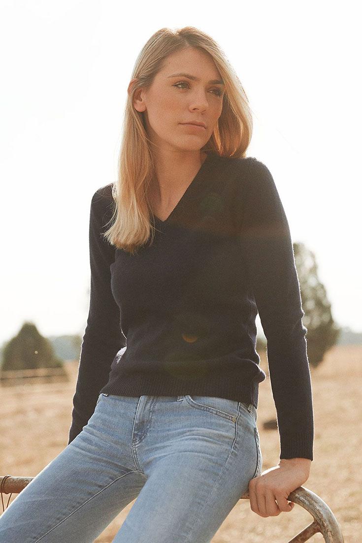 Fair-Fashion-Zue-Anna-tierleidfreier-tierfreundlicher-Pullover-Wolle-Mulesing-free-Zsuzsanna-Eis