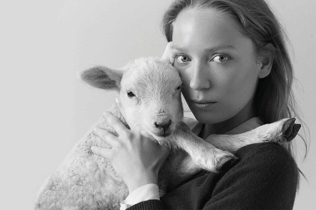 Fair-Fashion-Zue-Anna-tierleidfreier-tierfreundlicher-Pullover-Wolle-Mulesing-free
