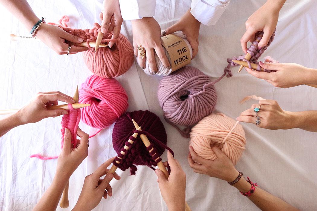 We Are Knitters – DIY Sets: Stricken mit fairer Wolle