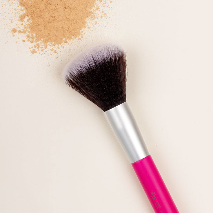 Benecos – Unser veganes Make-Up Pinsel 1 x 1: Powder Brush