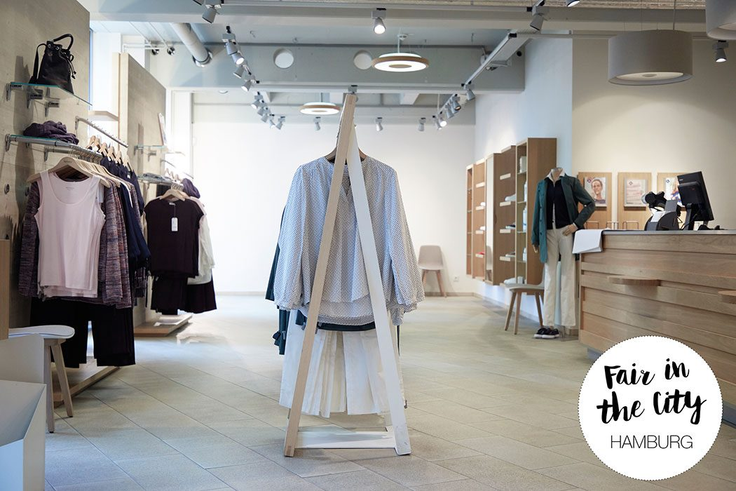 Fair in the City Guide: Wir zeigen euch Faire und vegane Mode, Naturkosmetik und Green Lifestyle Shops. Fair Fashion Stores in Hamburg: hessnatur