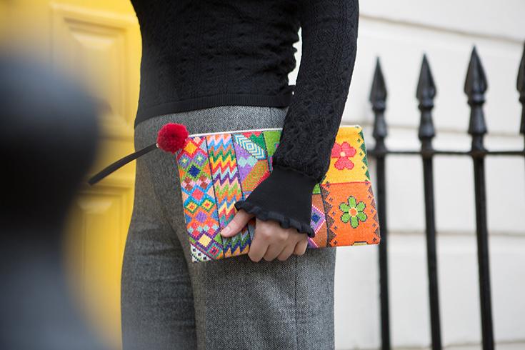 Sabbara – Fairtrade Accessoires von geflüchteten syrischen Frauen: Taschen, Clutch, Kissen und Schal