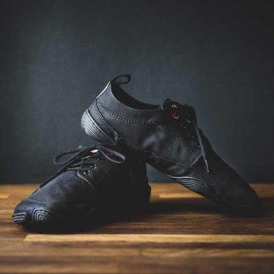 Peppermynta Brandfinder: Wildling Shoes. Barfuß Schuhe für Frauen, Männer und Kinder.
