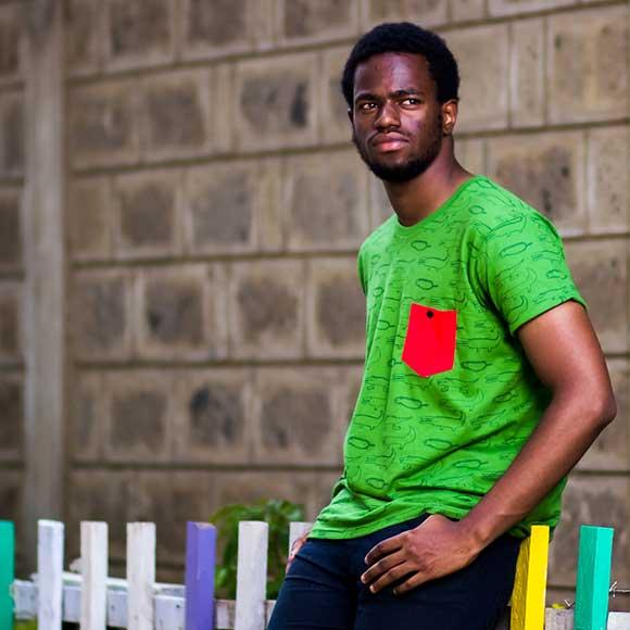 Peppermynta Brandfinder: Kipepeo Clothing. Fair Fashion, made in Tansania. Kipepeo Clothing ist ein soziales Modelabel aus Stuttgart. Mit fairer und nachhaltiger Streetwear werden Schulen in Afrika unterstützt. T-Shirts aus Biobaumwolle.