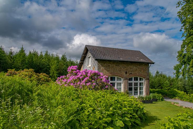 Naturhäuschen – Slow Travel in einem Ferienhaus im Grünen: Tiny Haus