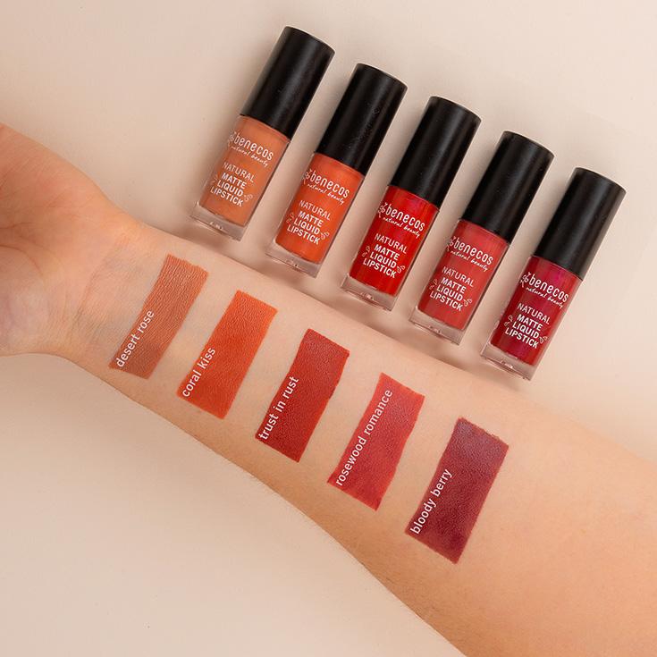 benecos Naturkosmetik – Die neuen matten Liquid Lipsticks. swatches lipstick