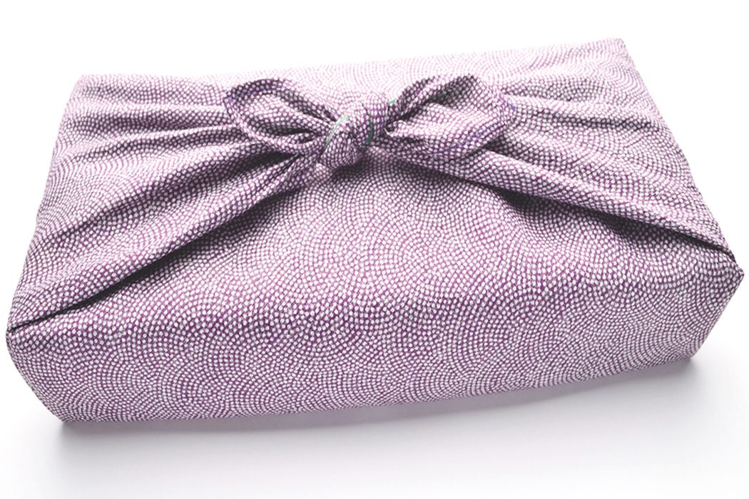 Furoshiki – Baumwolltücher statt Geschenkpapier