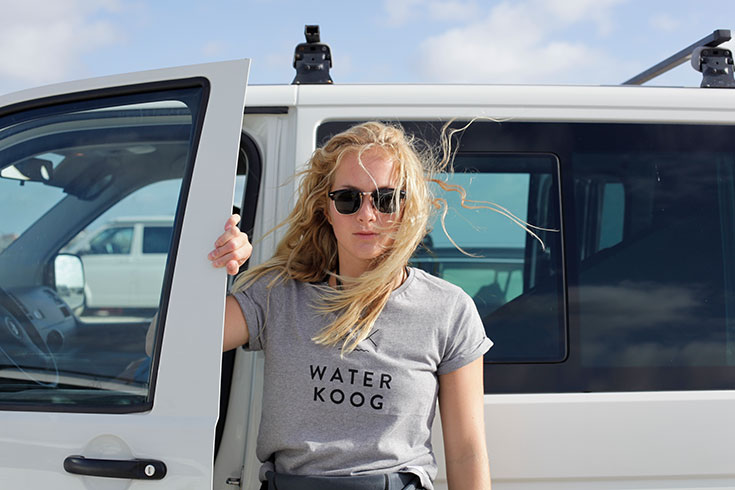 Waterkoog – faires Surfwear Label aus Hamburg-Fair-Fashion-Waterkoog-T-Shirt-Frauen-Grau