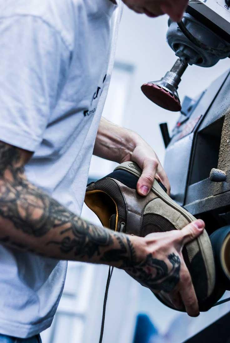 Sneaker Rescue Berlin – Turnschuhe reparieren statt wegschmeißen und neu kaufen