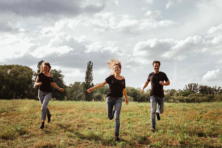 Kultgut – Fair Fashion Basics mit Künstlermotiven. Eco Fashion, Bio Mode, Öko Tex Print
