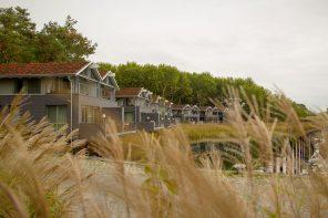 Naturoase Gustow »Im Jaich« – nachhaltige Ferienhäuser auf Rügen