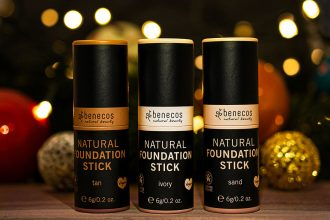 Vegane Naturkosmetik – Natural Foundation Sticks von Benecos: ivory, sand und tan