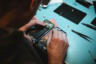 Die Kunst der Reparatur – Warum wir lieber Reparieren statt Wegwerfen sollten