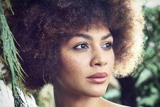 Afrolocke – Naturkosmetik Shampoo und Pflege für Lockenköpfe