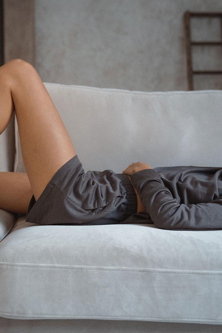 Nachhaltige Loungewear, Homewear, Athflow – Fair Fashion Sweater, Hoodie,Joggingpants, Loungekleid, Jumpsuit, Jogginghose für ein bequemes Outfit für Zuhause von Miryam