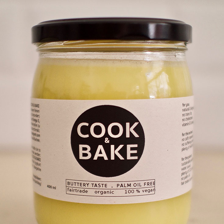 Klimakiller Butter – und unsere liebsten veganen Streichfett Alternativen: pflanzliche Butter, vegane Butter, Margarine, klimaschädlich, Klimabilanz, Made with Plants, Cook & Bake