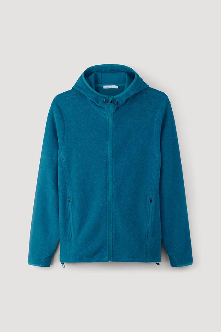 Nachhaltige Outdoor Bekleidung - Worauf du beim Kauf achten solltest. Nachhaltige Outwear, faire Wanderbekleidung für Trekking, Hiking, Bergtour, Mountainbiken, nachhaltige Skimode: Hessnatur
