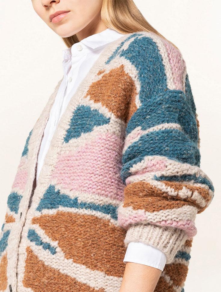 Fairer Strick ist schick – Kuschelige Fair Fashion Pullover, nachhaltige Strickjacken, faire Strickmode, nachhaltige Pullunder, handgestrickt, Eco Cardigan, XXL Strickjacke, faire Wolle, mulesingfreie Wolle, mulesingfree: Closed